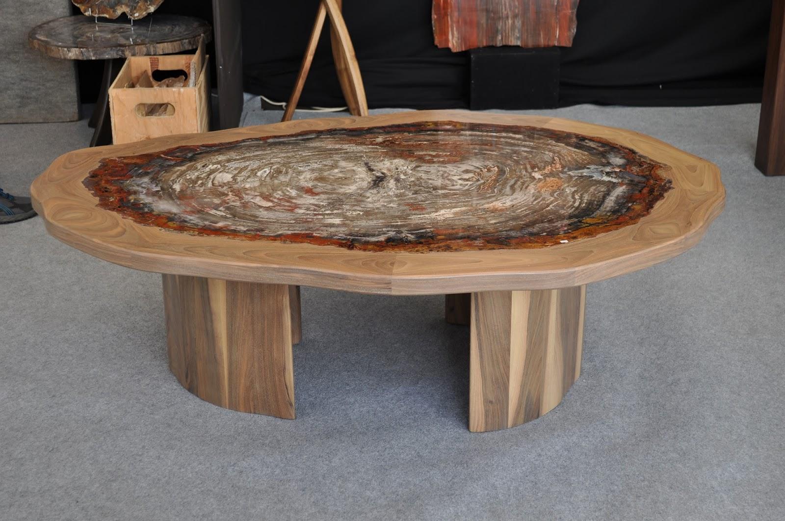 Valentina bianco architetto arredi in legno fossile for Arredi in legno