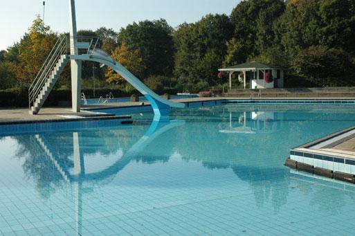 J ttem l ttam sztam for Auenheim piscine