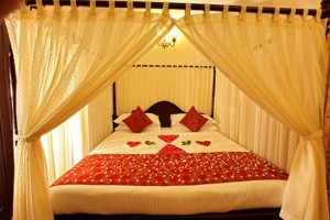 Especially For Those Who Are Getting Married This Year Stay Blessed With Her Life Partner And Enjoy Breathtaking Wedding Room Decorating Ideas 2015