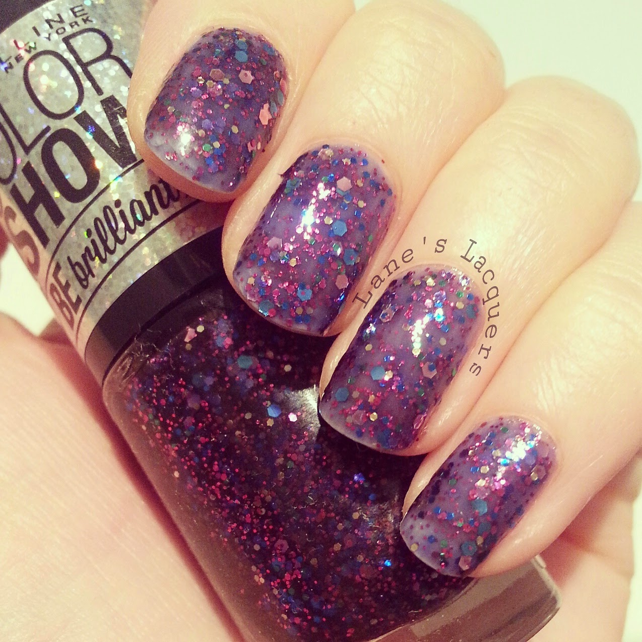 maybelline-colorshow-be-brilliant-purple-dazzle-swatch-nails (2)