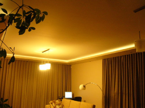... Fernseher Braune Wand Schlichte gemütliche wohnzimmer beleuchtung