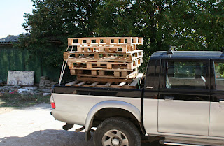 Another stack of very cheap pallets