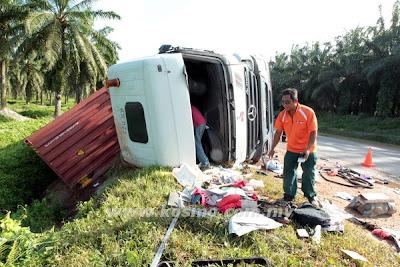 Budak, maut, dengan, otak, bersepai, kemalangan, Malaysia