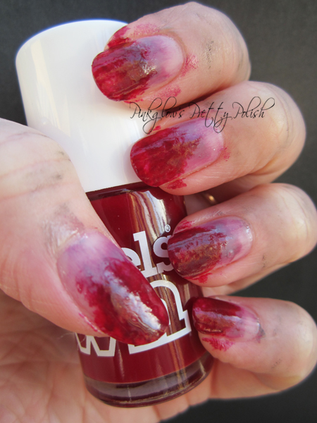 Zombie-nail-art.jpg
