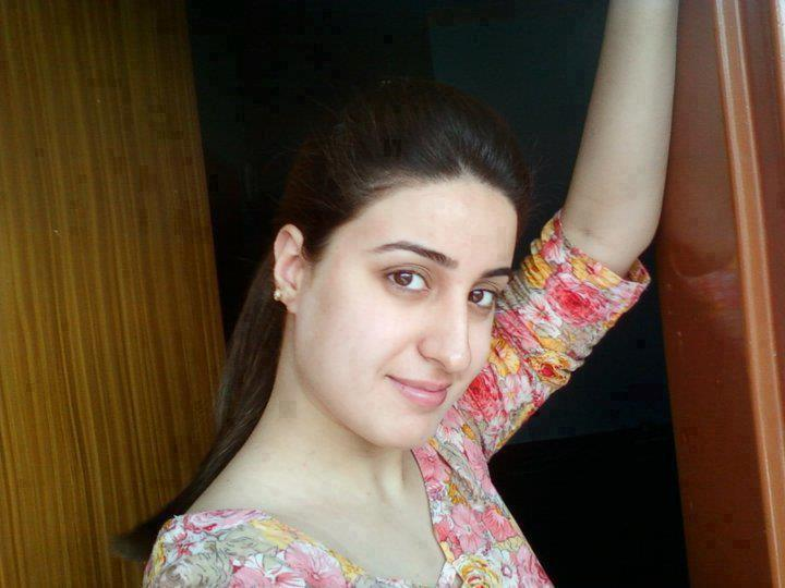 Beautiful Naughty pakistani Girls