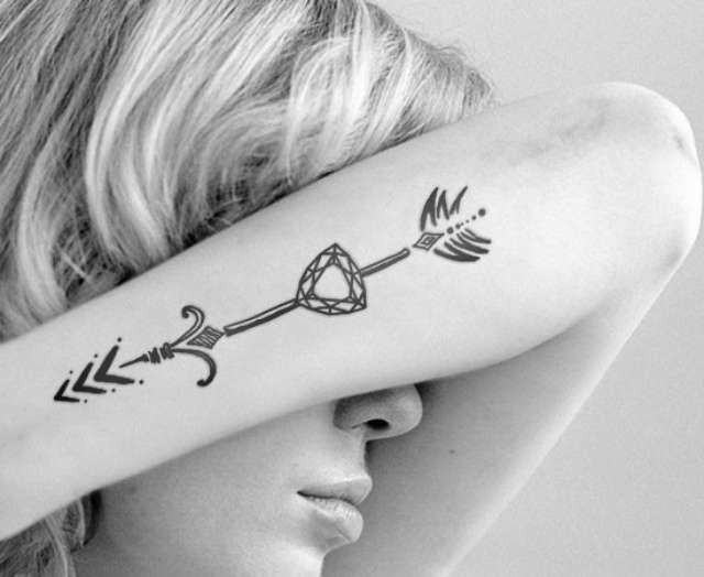 Tatuagens Femininas de Flecha
