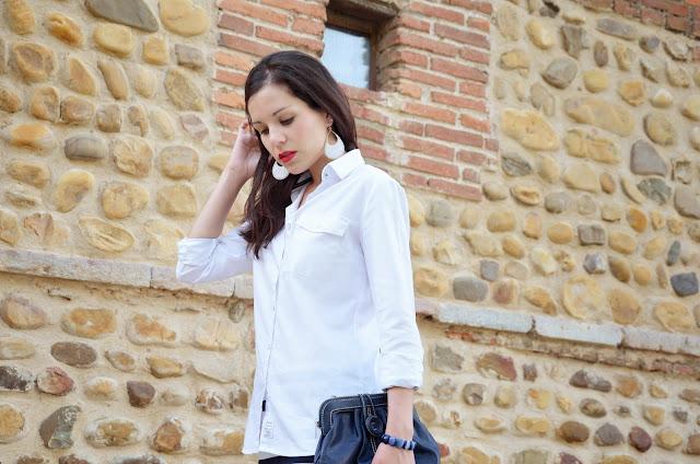 look-navy-style-skirt-rayas