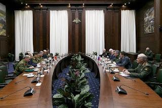 Έρχεται τυφώνας..όλη η στρατιωτική ηγεσία της Συρίας,πήγε Μόσχα..