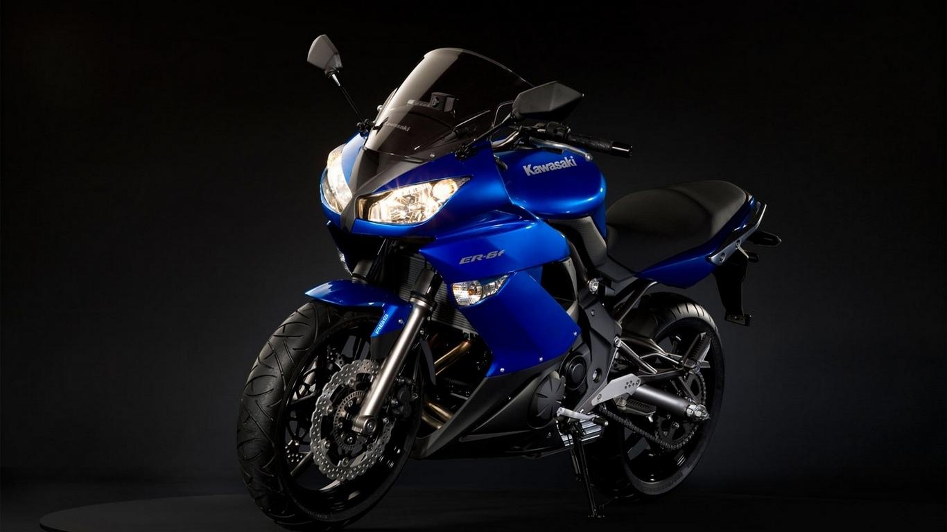 http://1.bp.blogspot.com/-uNNF0B3wdt0/UFcXS_Z-XOI/AAAAAAAAB1M/xPrasqKo6ao/s1600/Motorcycles-HD-Wallpapers++(30).jpg