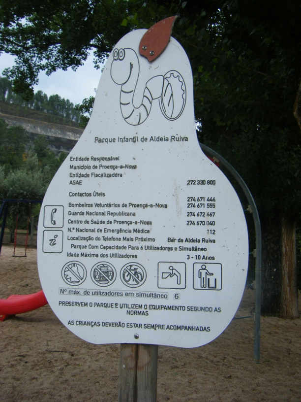 Placa do Parque Infantil de Aldeia Ruiva