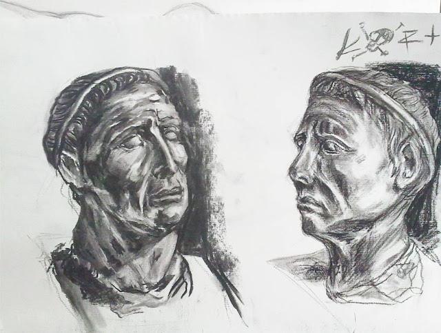 dos vistas de una cabeza en carboncillo