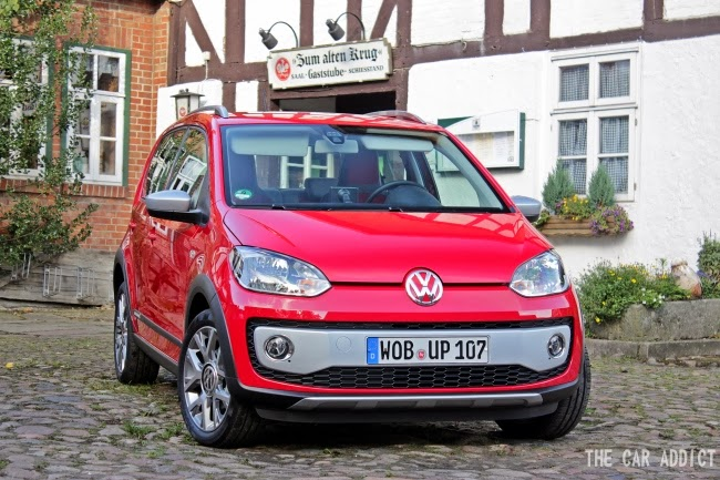 Volkswagen cross up! (Red)