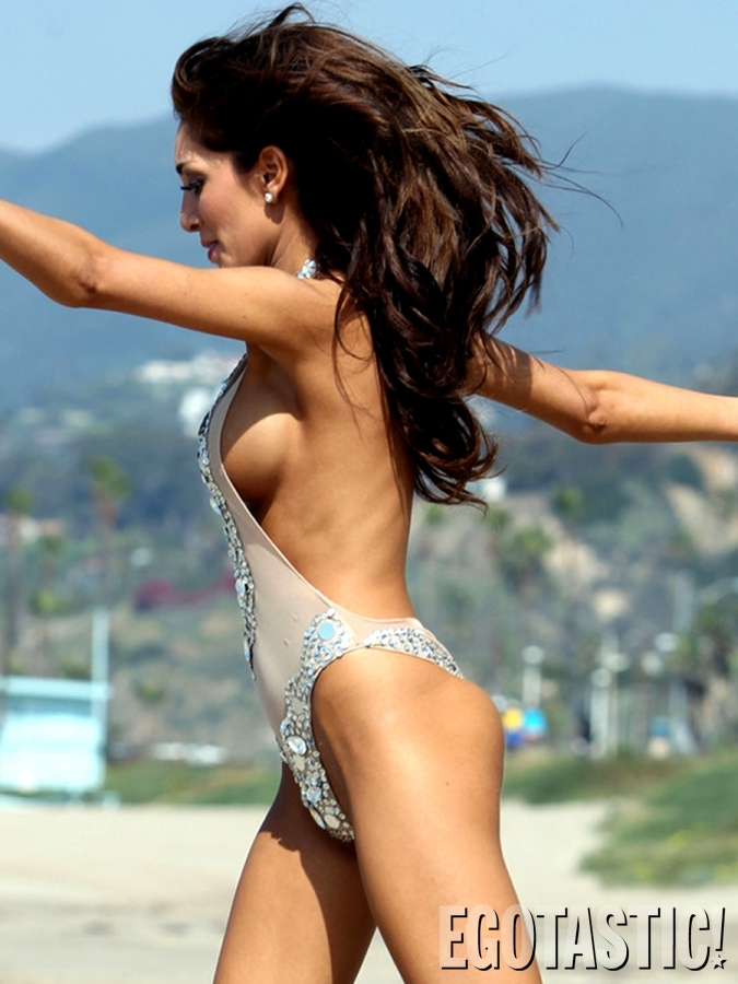 farrah-abraham-hot boobs-side-view-bikini-pic