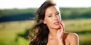 http://penjualanobatherbalalami.blogspot.com/2014/01/cara-aman-menjaga-kesehatan-wajah.html