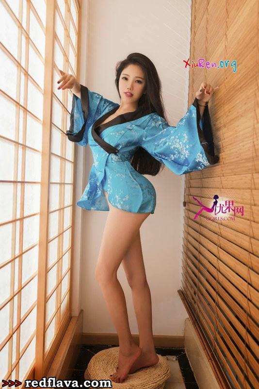 Jolie teen asiatique est