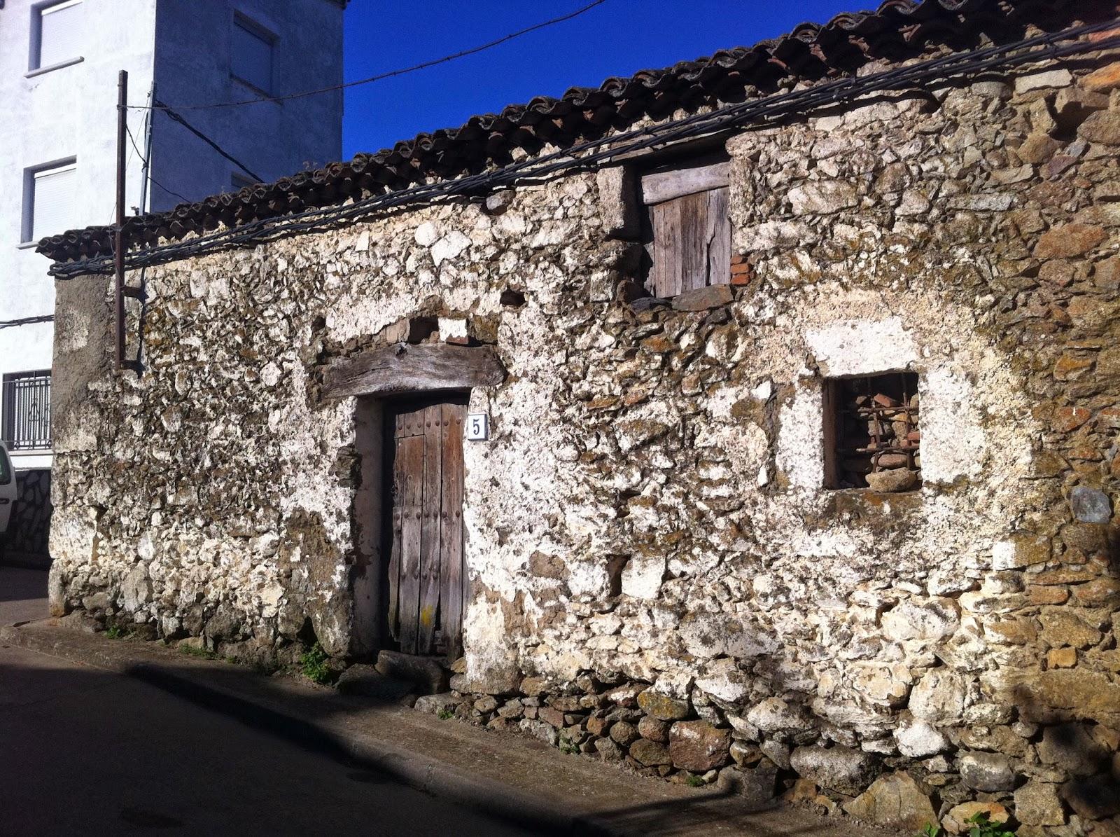 Rehabilitaci n de antigua cuadra para casa rural en marrupe toledo - Rehabilitacion de casas ...
