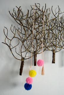 diy accesorio pompones