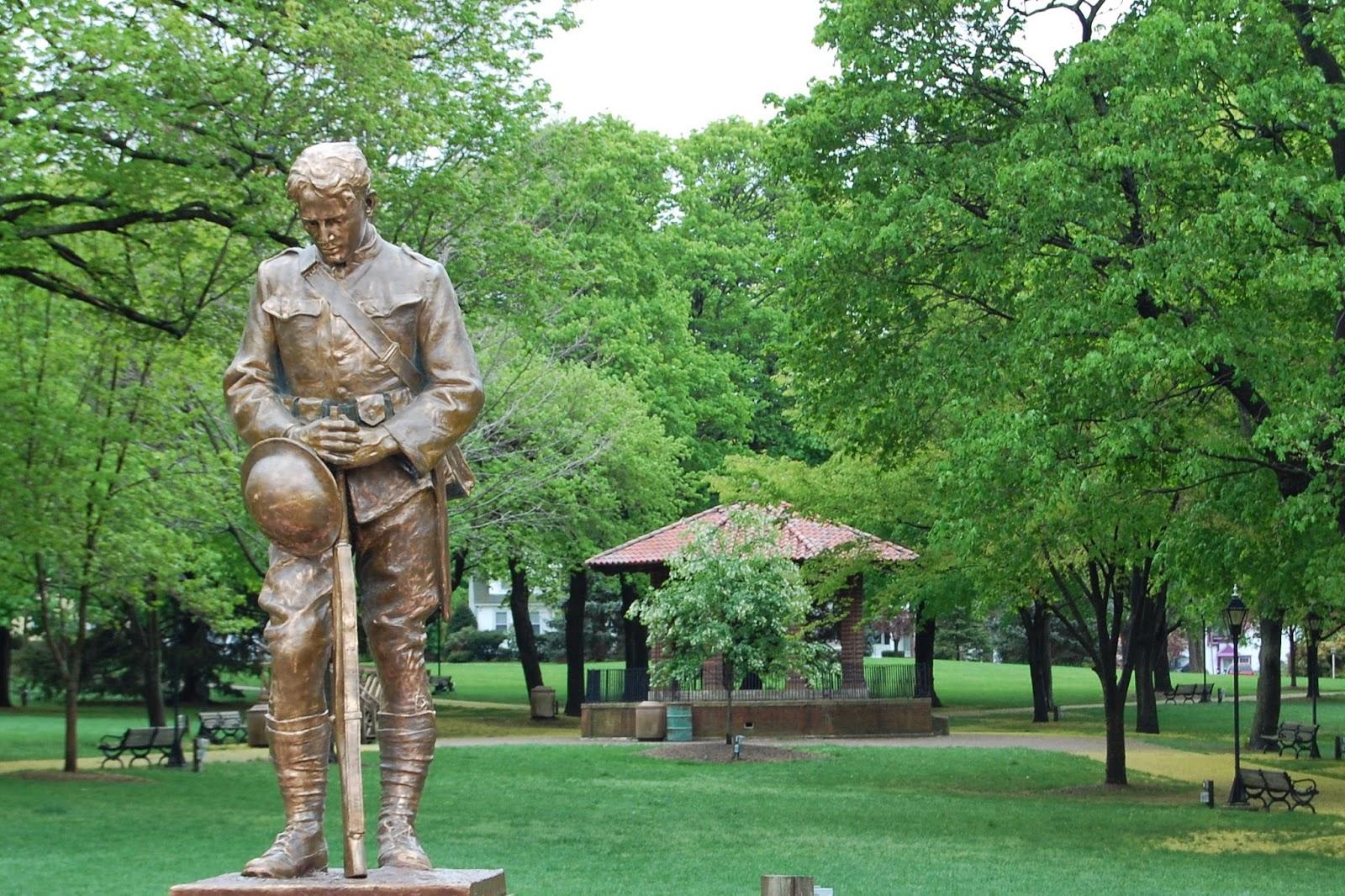 World War I memorial 'doughboy'