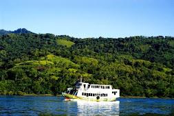 Perahu Antar Pulau