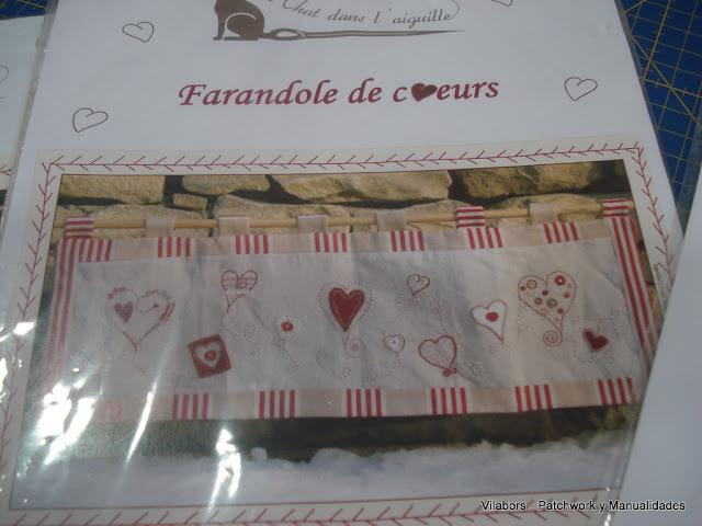 Kit Un Chat dans l'aiguille -Farandole de coeurs - Vilabors