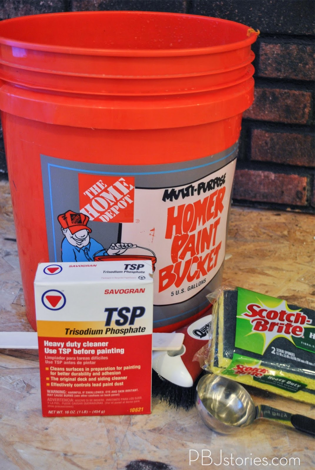 Pbjstories how to paint an interior brick wall pbjreno for Trisodium phosphate for cleaning concrete