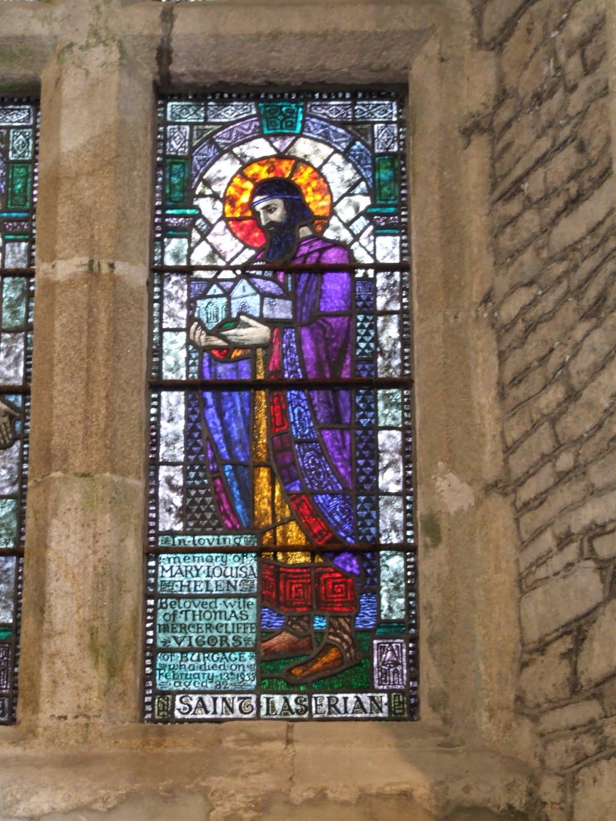 Den hellige Laserian av Leighlin, glassmaleri i St Laserian's Cathedral