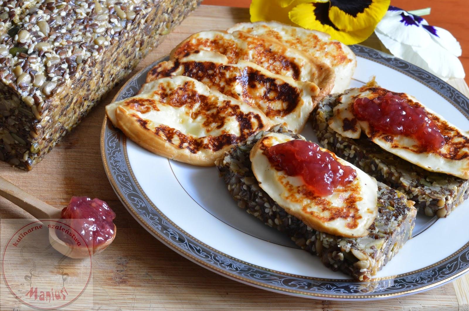 Chleb bez mąki i oscypek