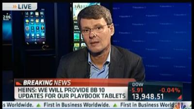 Vamos a seguir para estar en el mercado de las tabletas. Ganar dinero con una tableta es difícil. Vamos a ofrecer actualizaciones de software de BlackBerry 10 para todas las PlayBook que están ahí fuera. Por lo tanto, la versión WiFi y la versión 4G, todas se podrán actualizar a BlackBerry 10. Heins no dio a conocer la fecha en la que se liberaría dicha actualización pero almenos ya tenemos esperanzas y solo toca esperar para disfrutar de las ventajas de BlackBerry 10. Fuente: CNBC Enlace(s):http://ow.ly/hjRxl