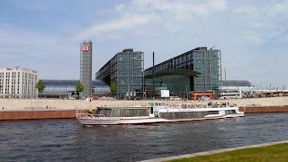 Bahnhöfe: Baulücken am Berliner Hauptbahnhof schließen sich, aus Berliner Morgenpost