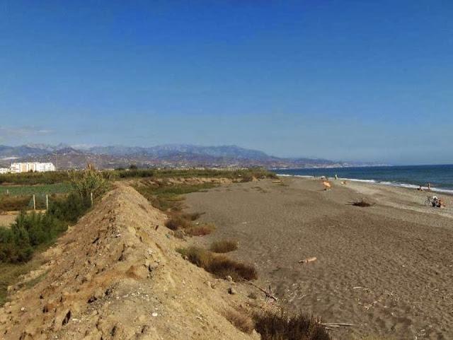 http://www.panoramio.com/photo/100026923