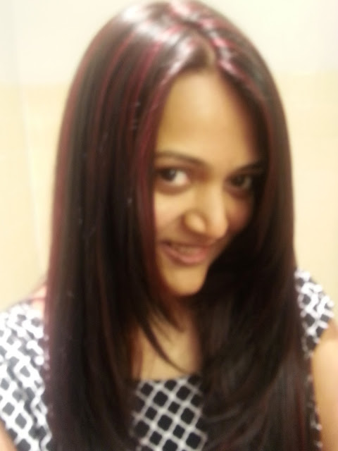 indian girl with red highlights, red color on black hair, hair color tips for indian hair, red color on indian skin with black hair