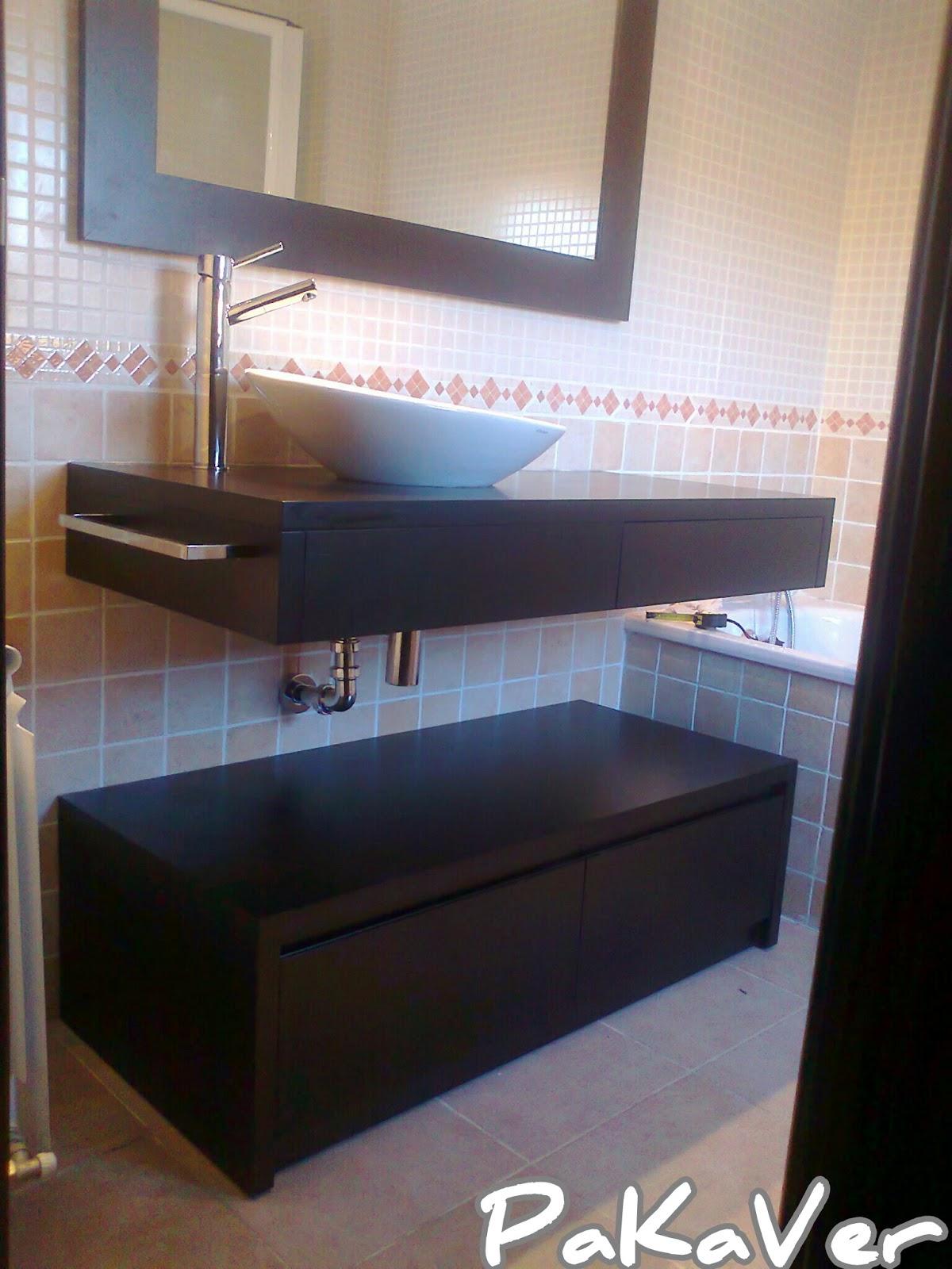 Hacer Un Baño A Nuevo:Comprueba el mueble nuevo y asegúrate de que tienes todoslos