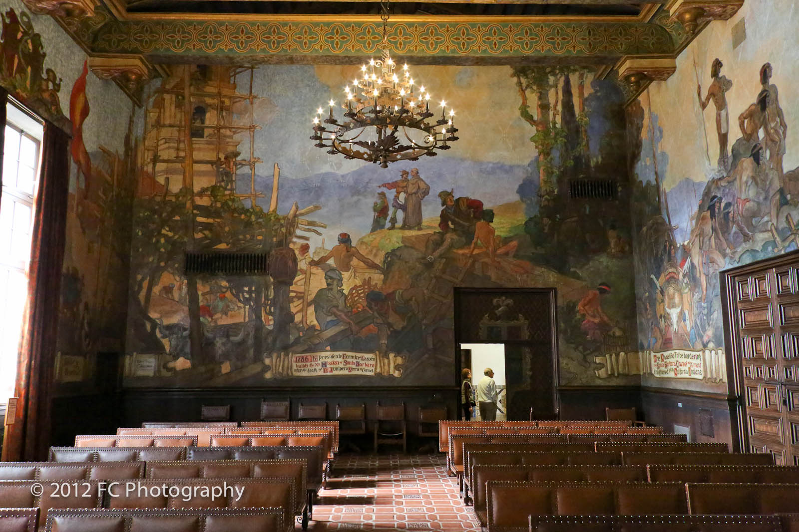 Gem of a courthouse lefty photo blog for Mural room santa barbara courthouse