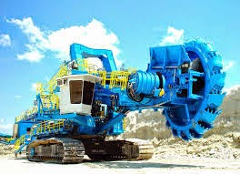 Global and Chinese Wheel Excavator Industry, 2010-2020