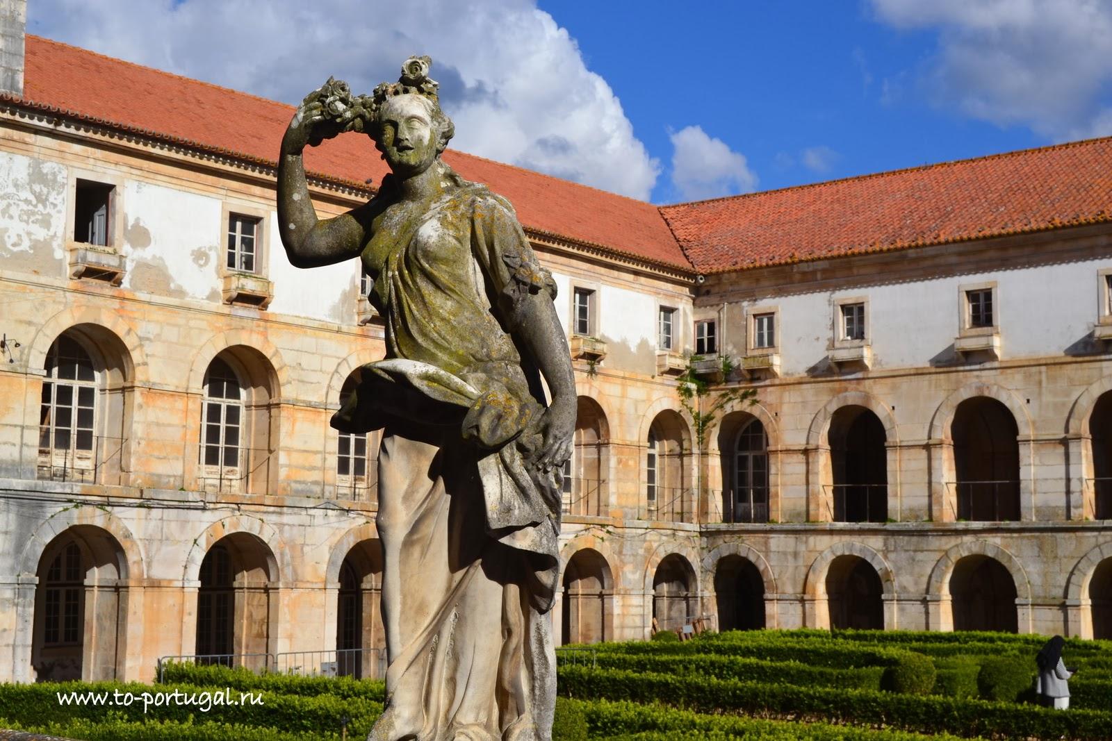 Алкобаса, монастыри Португалии