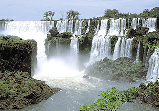 the lguazu waterfalls