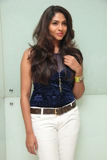 Lakshmi Devy Pictures at Masala Padam Movie Audio Launch   (8).jpg