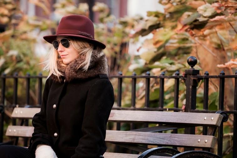 Bailey of Hollywood burgundy wide brim hat