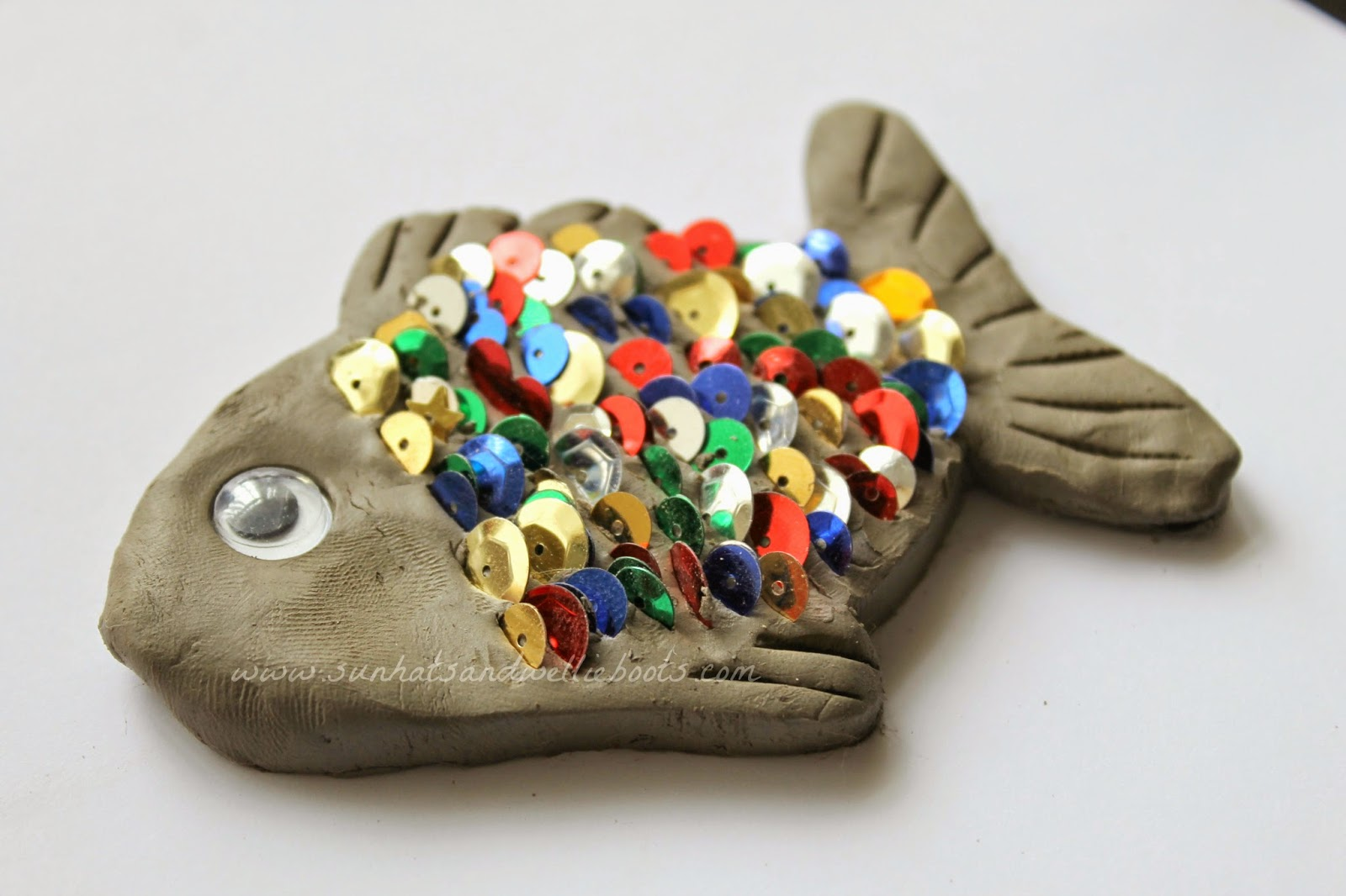 Sun hats wellie boots hooray for fish exploring for Clay craft ideas for adults