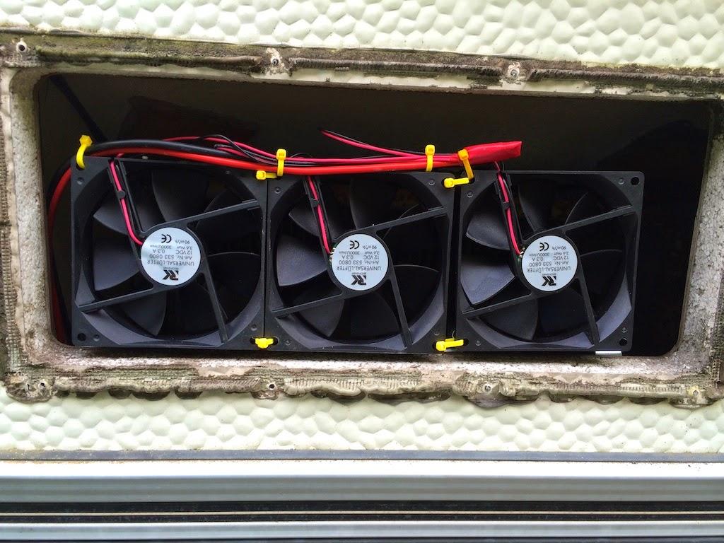 Kühlschrank Lüfter : Einbau lüfter hinter den kühlrippen wohnwagen absorber kühlschrank