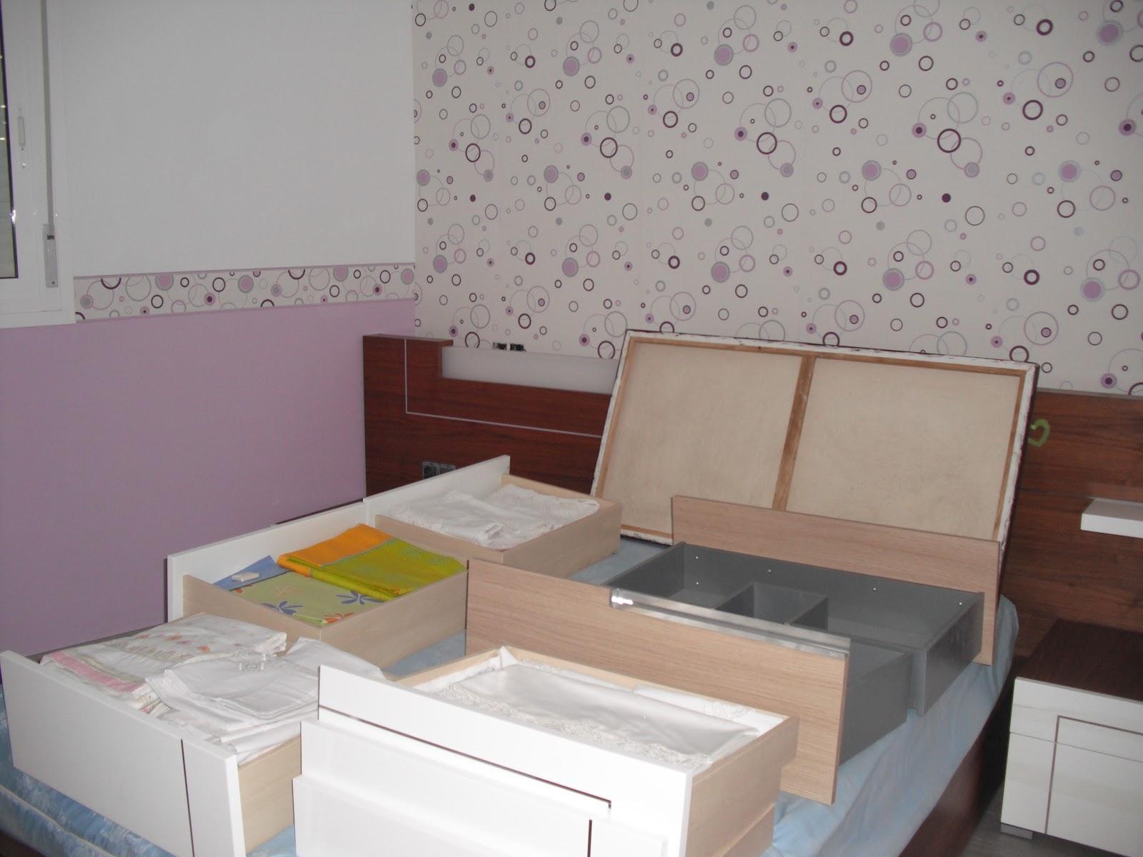 Encalarte aplicaciones decorativas empapelado de for Aplicacion para buscar habitacion