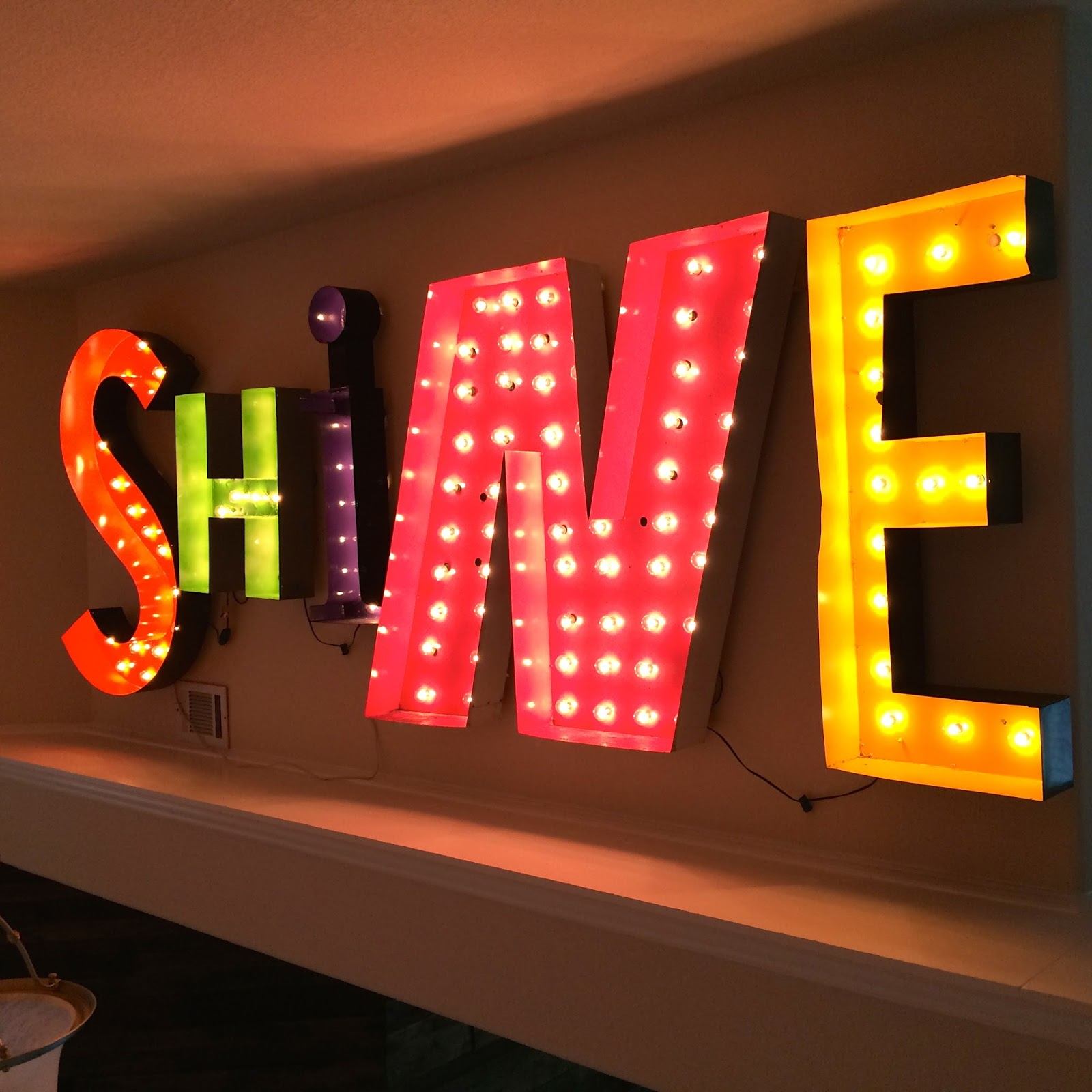 String Lights For Marquee : Crazy Cozads: Guest Post: Vintage Neon Turned Marquee Lights