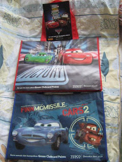 Disney Pixar Cars 2 movie Lightning McQueen Mater Finn McMissile Holley Shiftwell Francesco Bernoulli Carla Veloso Professor Z