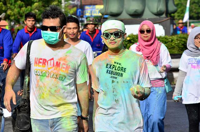 Kebumen Color Party di Alun Alun
