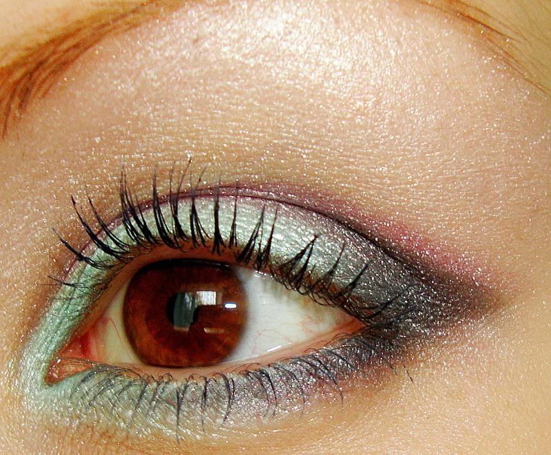 365 Days of Makeup, Brown Eyes, Colorful Makeup, Summer Makeup, Bridal Makeup, glitter