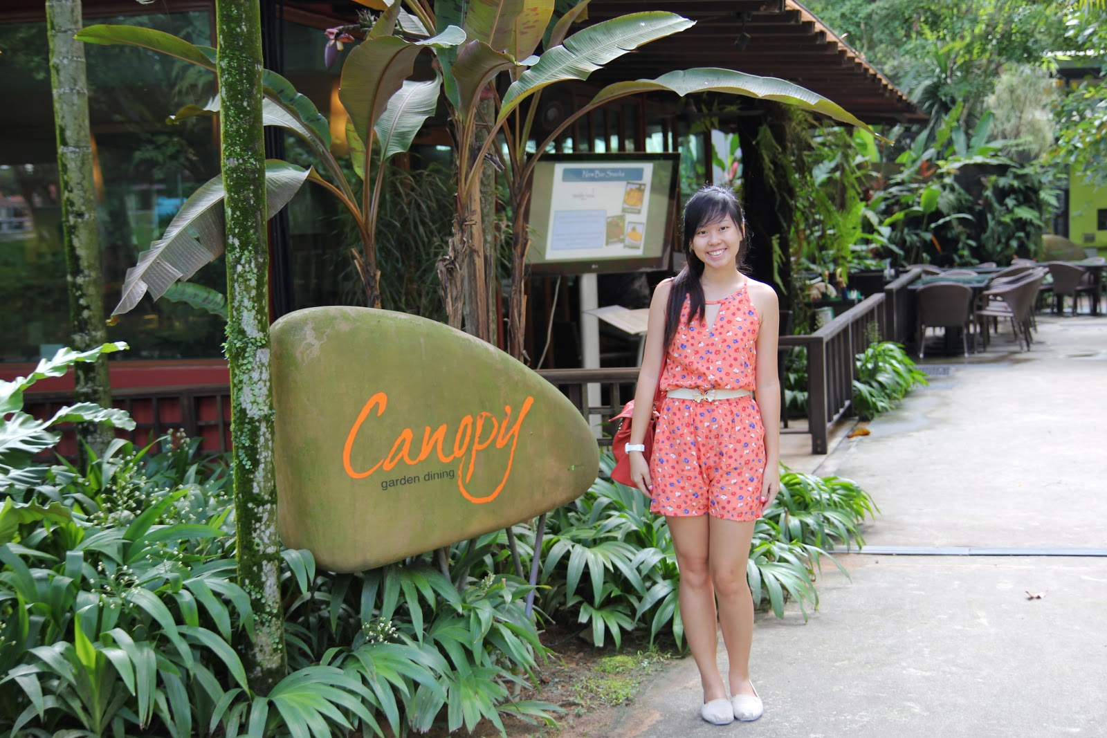 The outdoors of the dining garden.  sc 1 st  Celine Chiam & Canopy Dining Garden u0026 Bar Review - Celine Chiam | Singapore ...