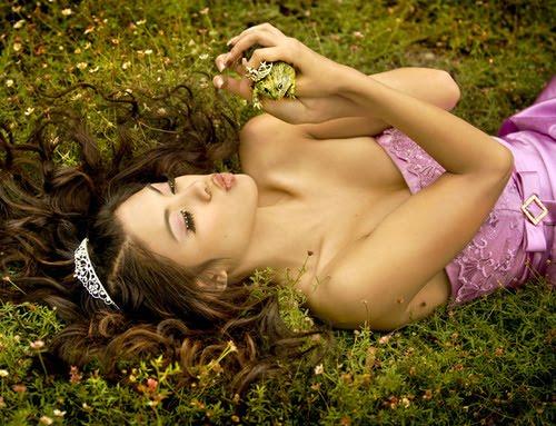 http://1.bp.blogspot.com/-uSH2ykBZZXo/UXx1FVtWjPI/AAAAAAAAAdc/zAeMJIobi28/s1600/princesa+y+rana.jpg