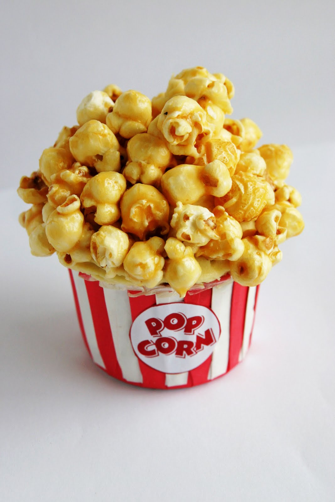 Caramel Popcorn Cupcake | The Whimsical Wife