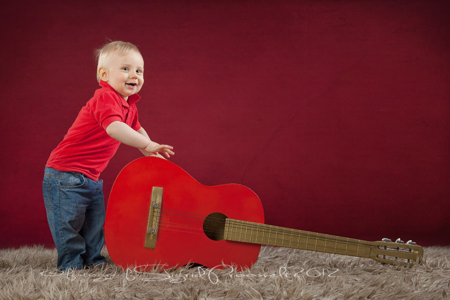 poiss-kitarriga