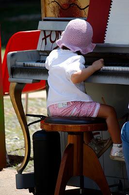Sight Reading and Sight Singing: LadyDpiano.com